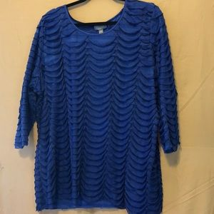 Royal blue tunic top. Great design